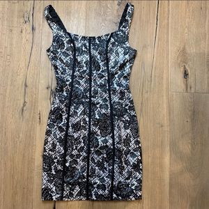 NEW!! GUESS Ginger Sleeveless Lace Print Dress